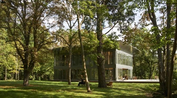 Des maisons écologiques préfabriquées signées Philippe Starck et RIKO